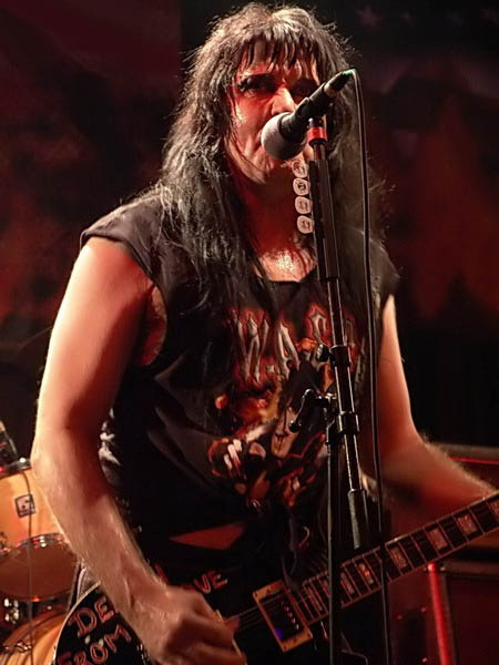 photo-WASP-in-Moscow-B2-club-12-11-2006
