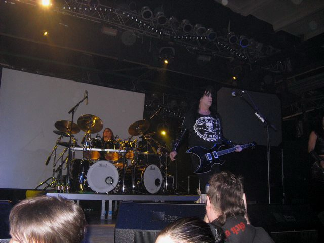 wasp-concert-in-moscow-2010-milk_4